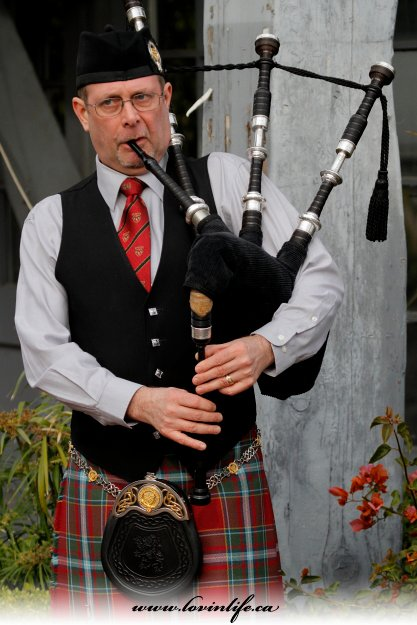 Michael Gordon Bagpiper Nottingham