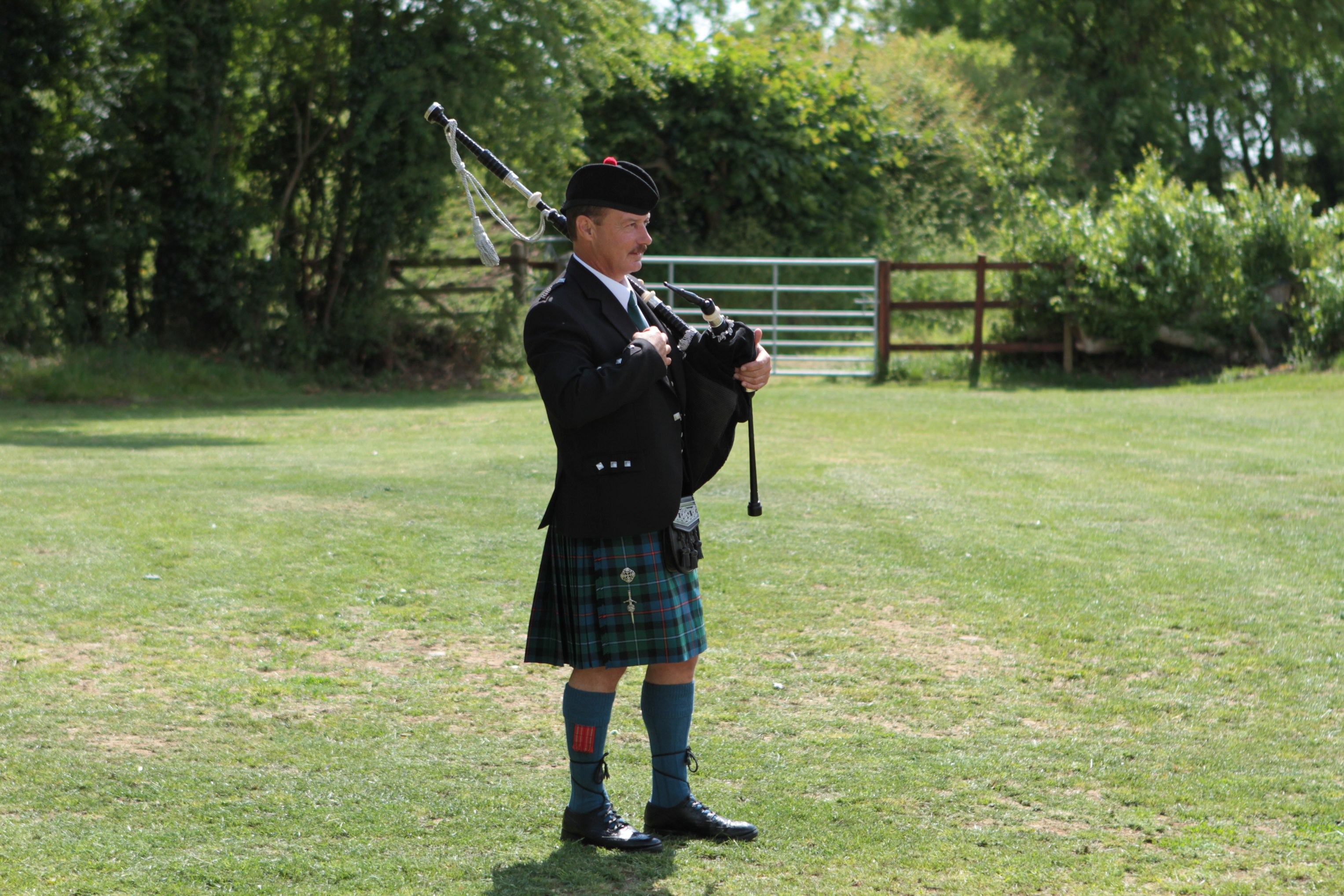 Peterborough Bagpiper