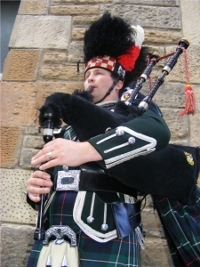 london bagpiper